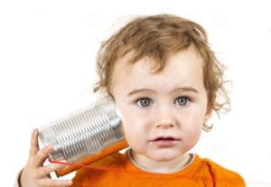 bambino-con-il-telefono